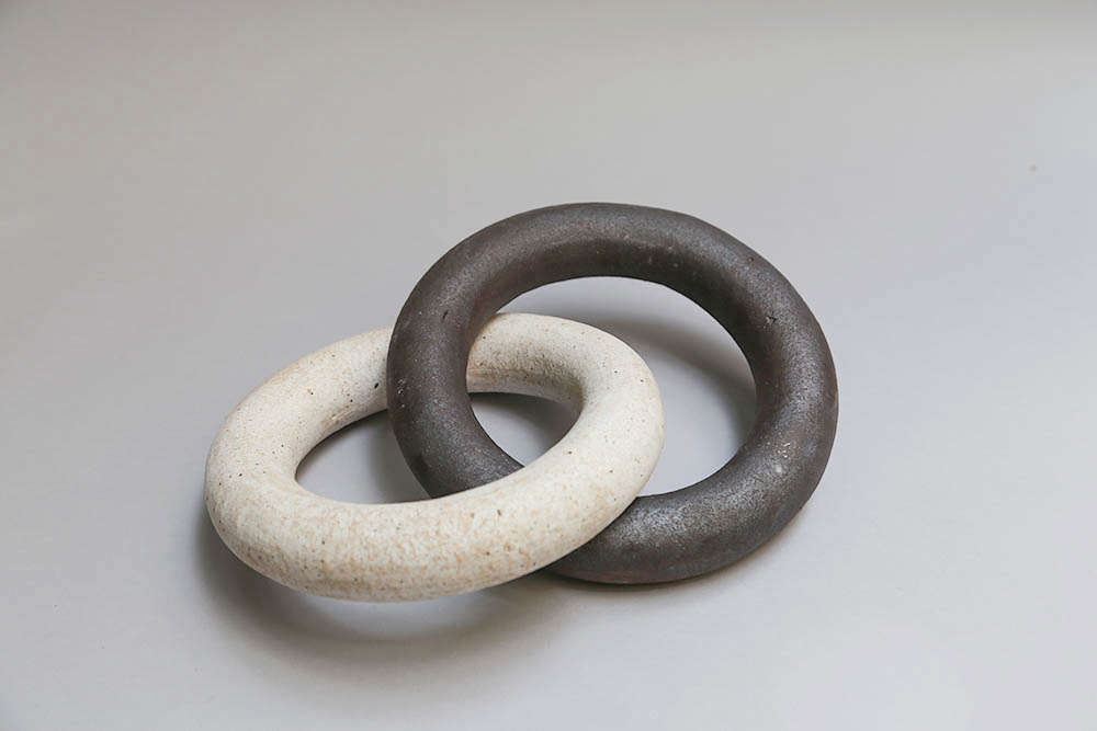 Michelle-Quan ceramic chain link from The Commons | Remodelista