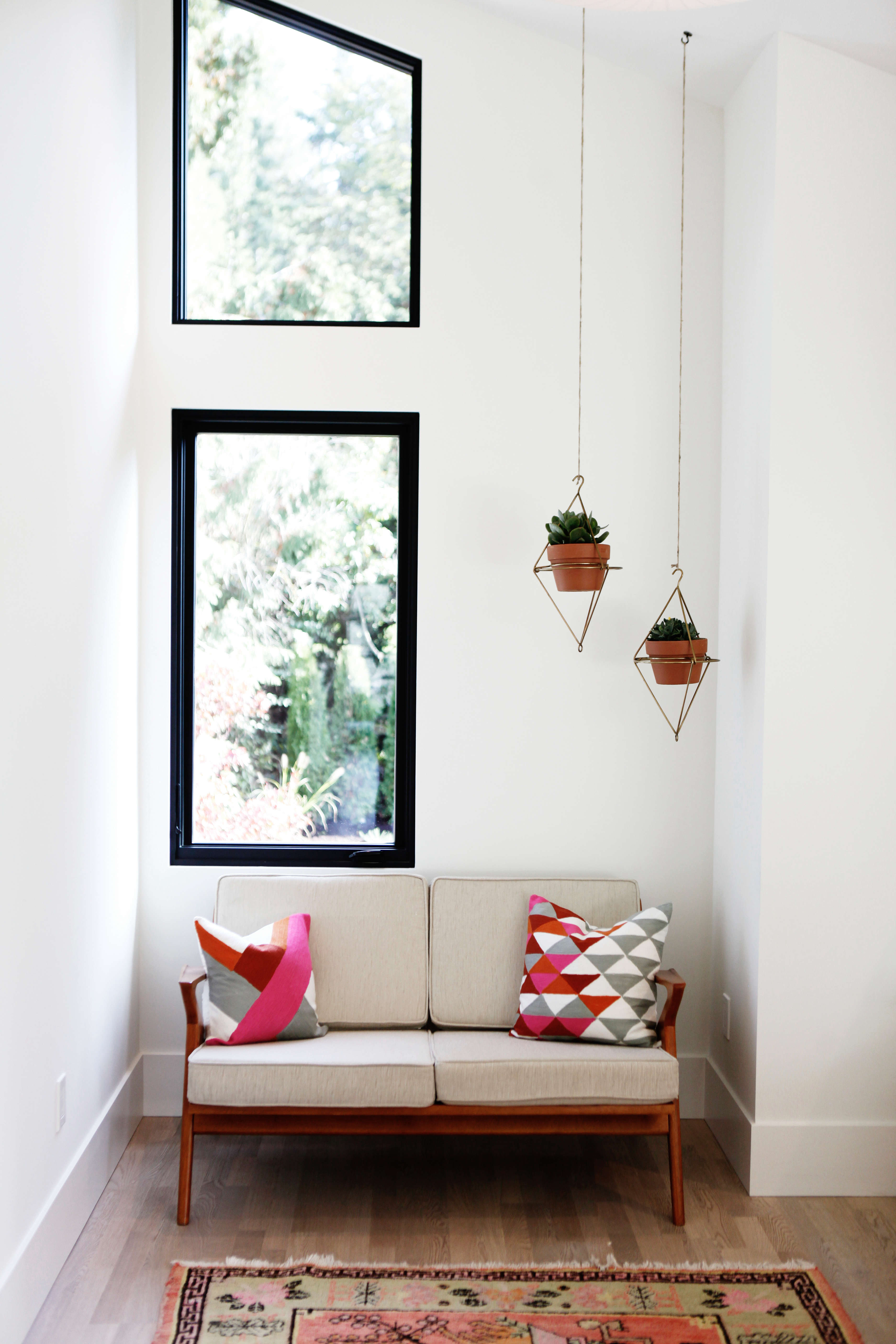 Scandi in Seattle: A Midcentury Makeover with Lots of Affordable ...