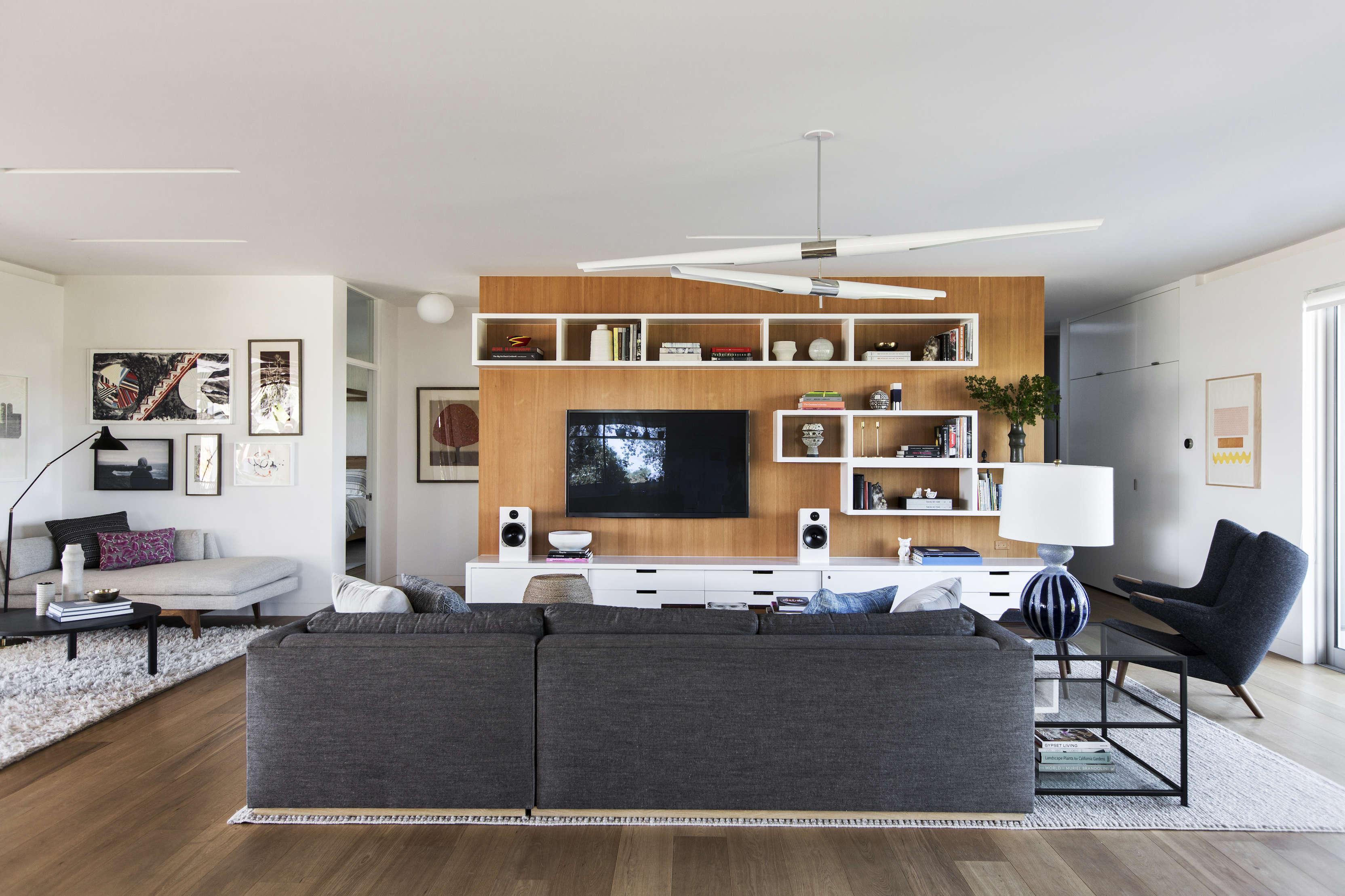 Indoor outdoor living an la ranch rehab by barbara bestor and disc interiors remodelista