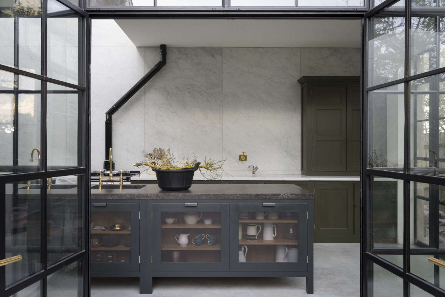 Steal This Look: A Subtly Glamorous Kitchen in North London ...