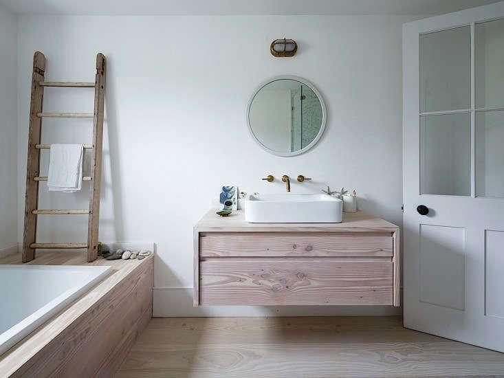Steal This Look A London Bathroom Clad In Dinesen Wood Remodelista - Remodelista bathroom