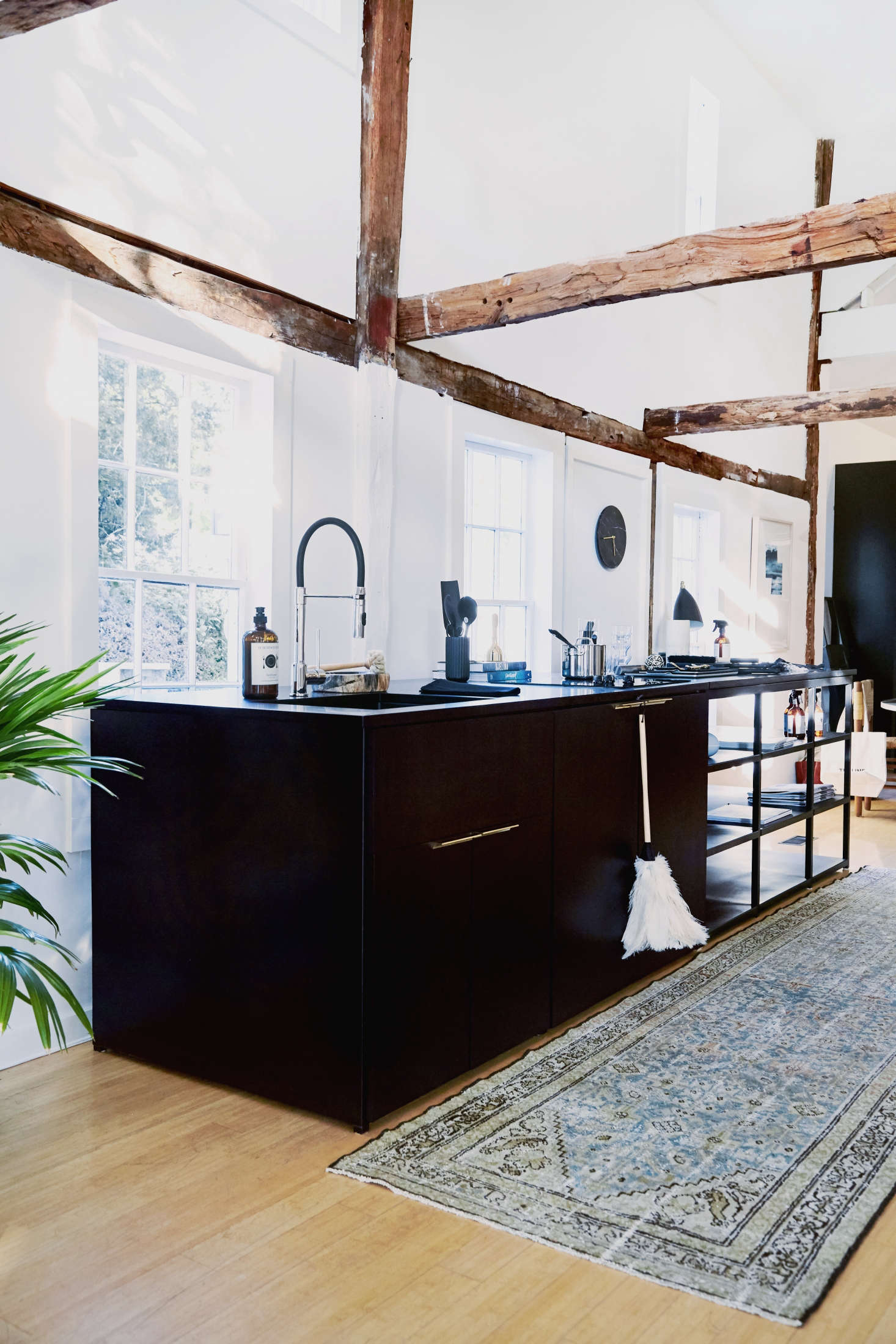 The Browsable Beach House: The Line Hits the Hamptons