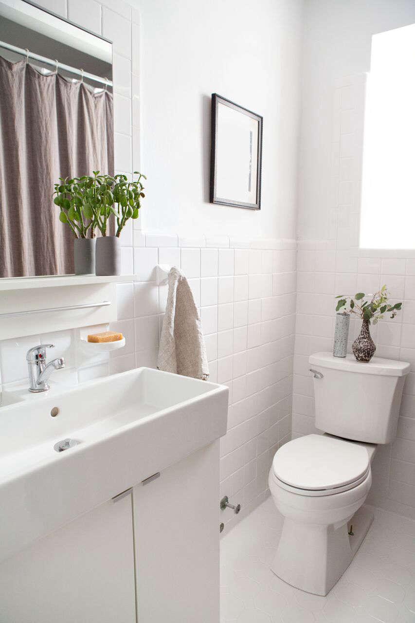 BeforeAfter A Perfectionists Bathroom Overhaul In Brooklyn - Remodelista bathroom