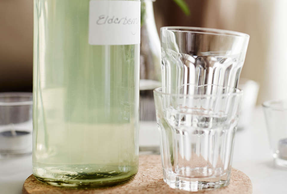 e782fecc6c7 10 Easy Pieces: Space-Saving Stackable Drinking Glasses - Remodelista