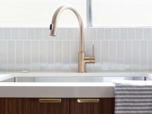 Delta Faucet 9159-CZ-DST Trinsic Single Handle Pull-Down ...