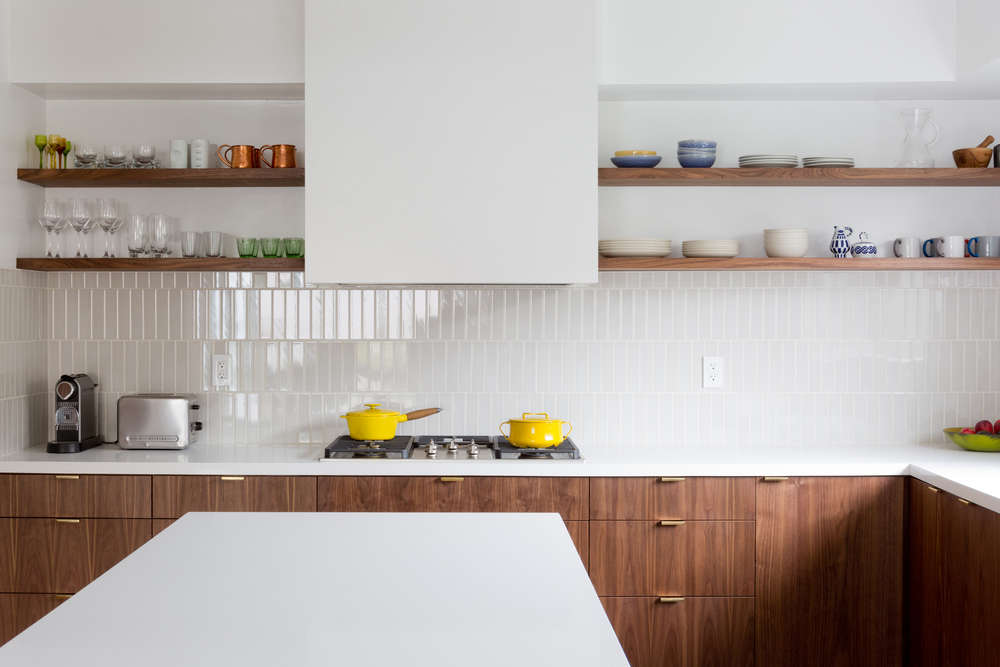 A Backsplash With Offset Subway Tiles, Here Laid Vertically Instead Of  Horizontally. Photograph From