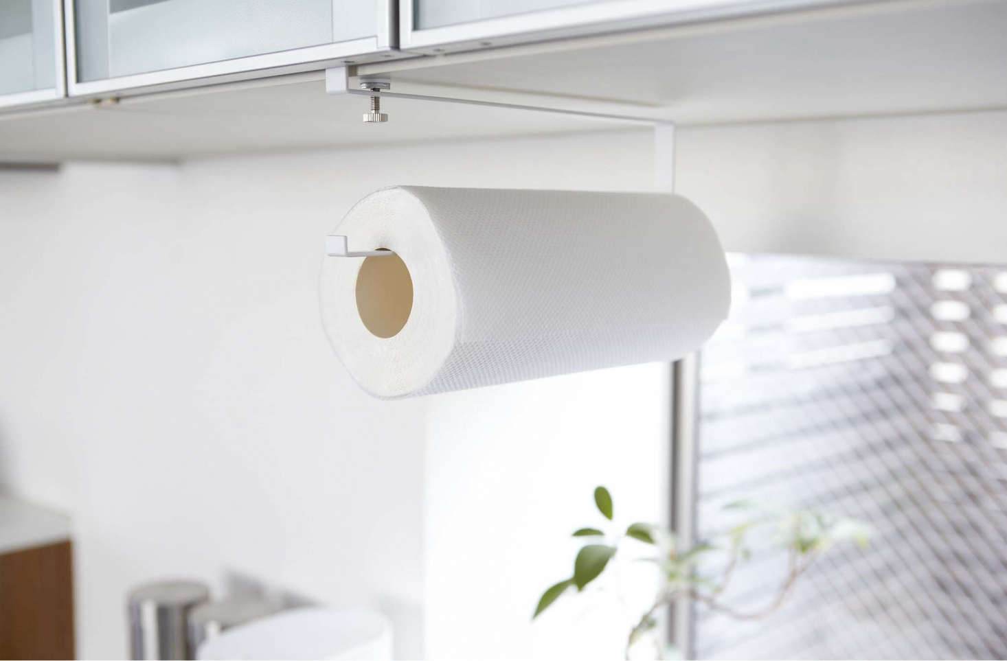 Plate Under Shelf Paper Towel Holder 2440 1