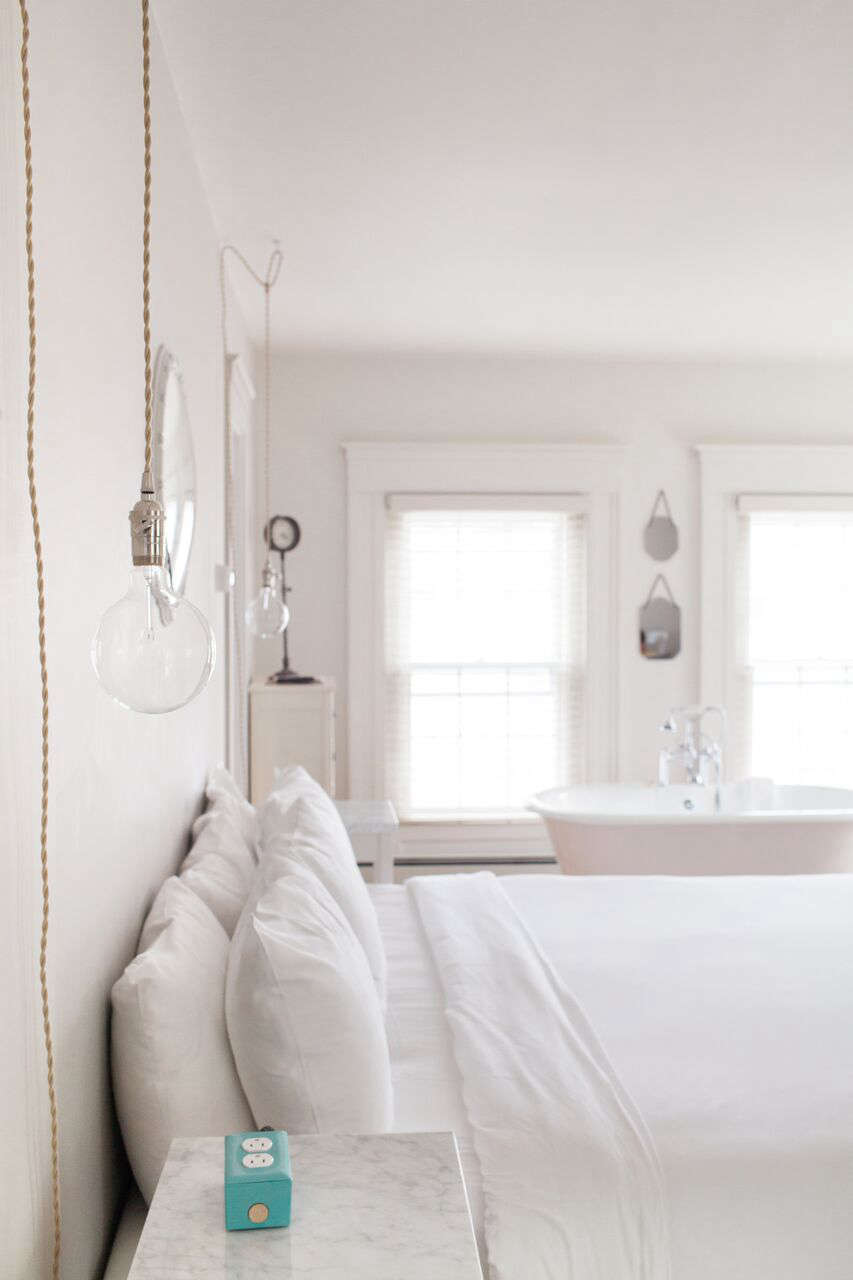 The Eben House Colonial Glamour In Provincetown Remodelista