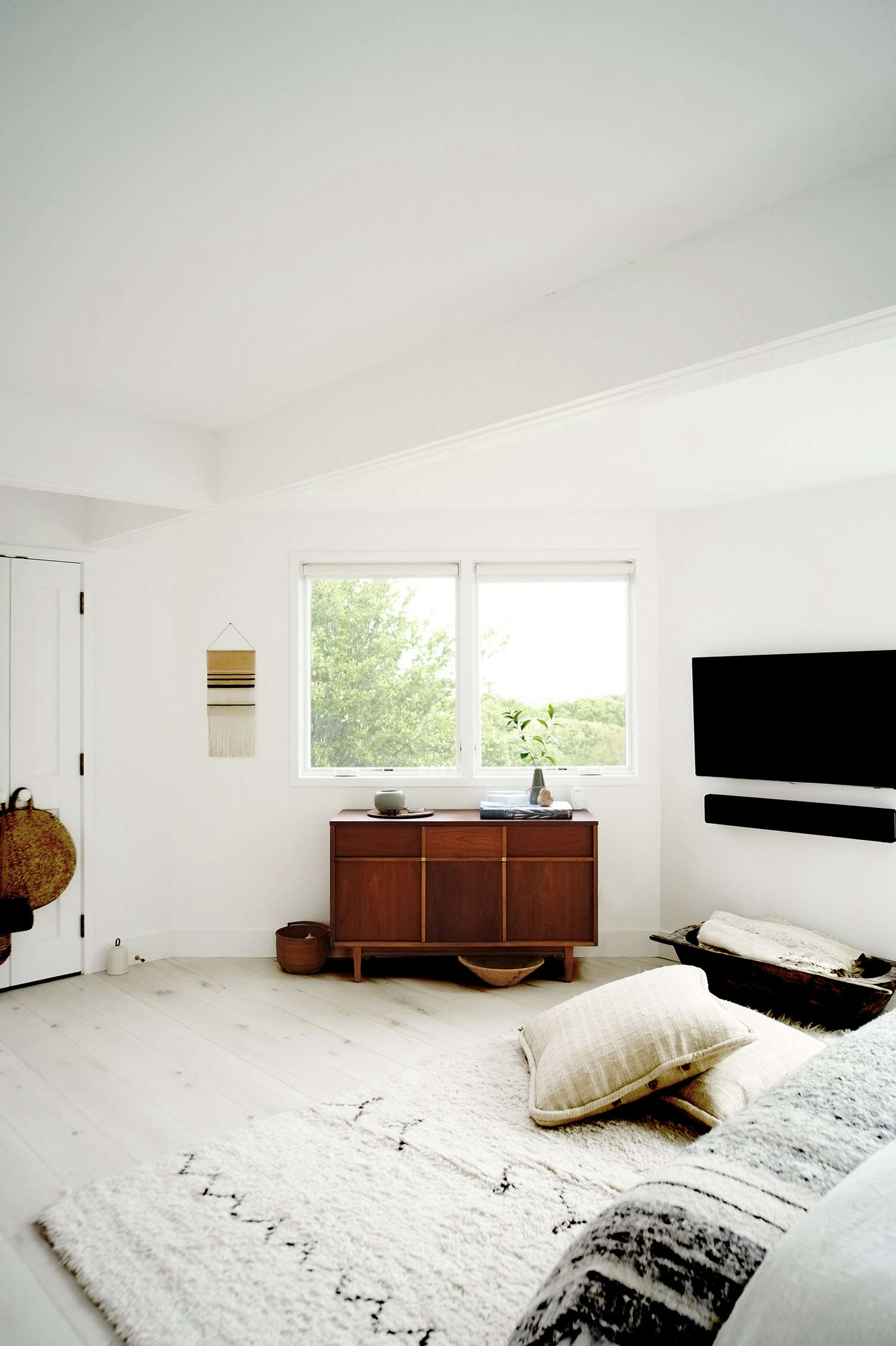 Steal This Look  A Breezy Summer Bedroom in Montauk. Steal This Look  A Breezy Summer Bedroom in Montauk   Remodelista