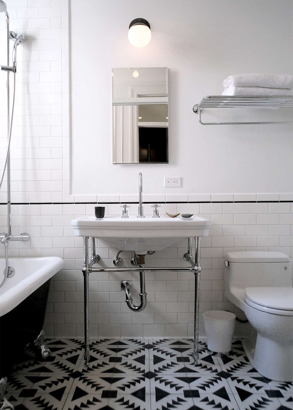 Before & After: A Period Brooklyn Heights Penthouse Gets an Overhaul ...