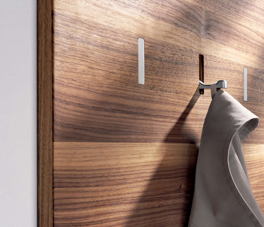 Retractable Wall Hooks