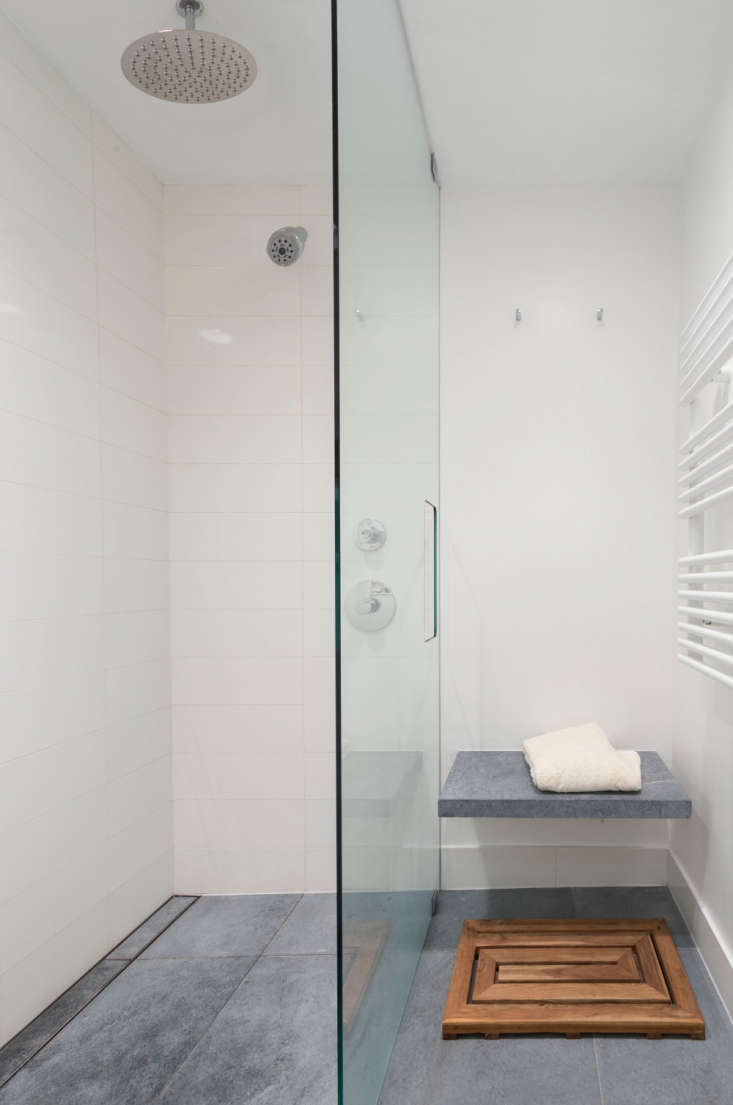 Fine Remodeling 101 How To Choose The Right Tile Grout Remodelista Interior Design Ideas Tzicisoteloinfo