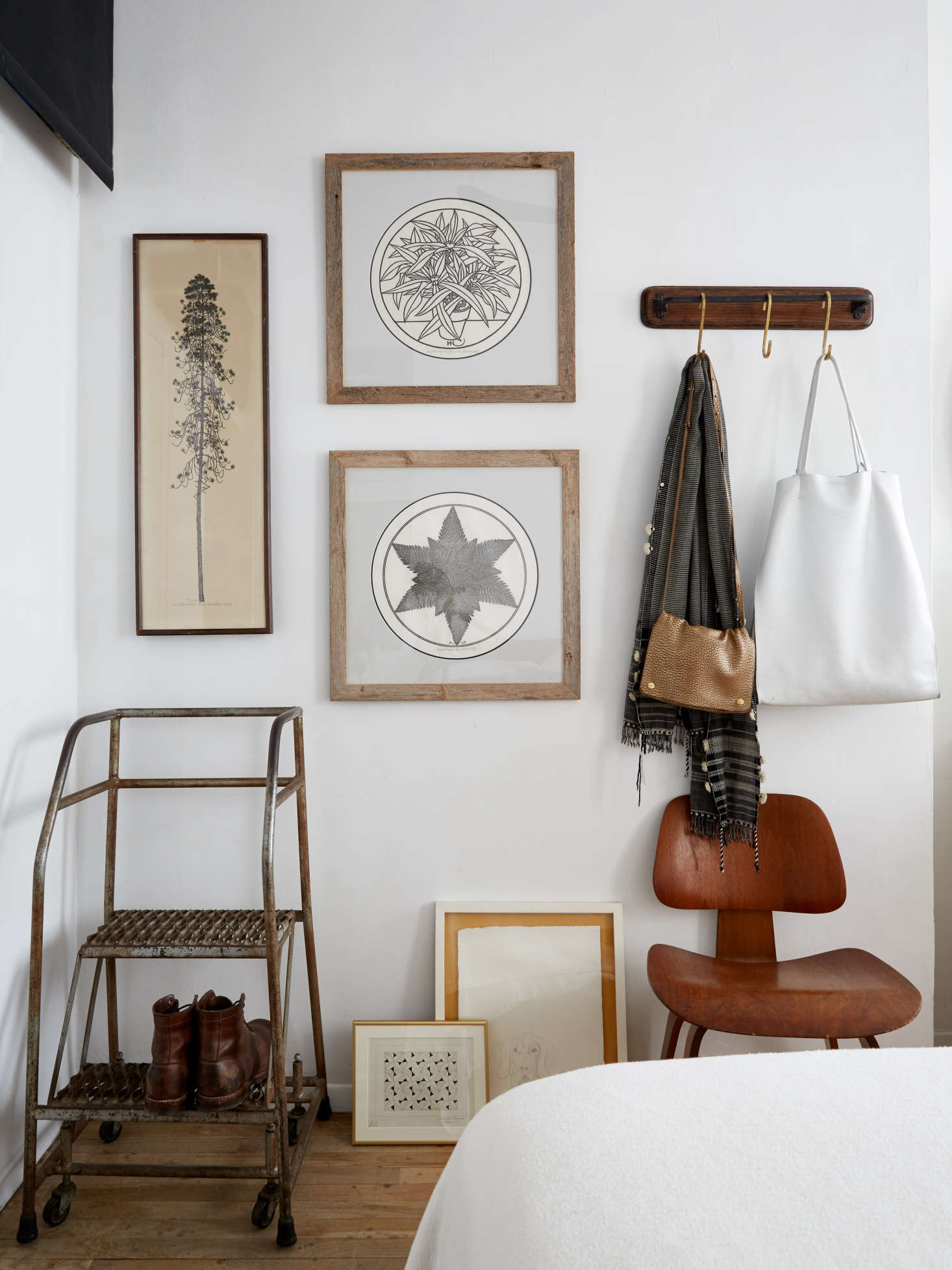 Small Space Solutions 17 Affordable Tips From An Nyc