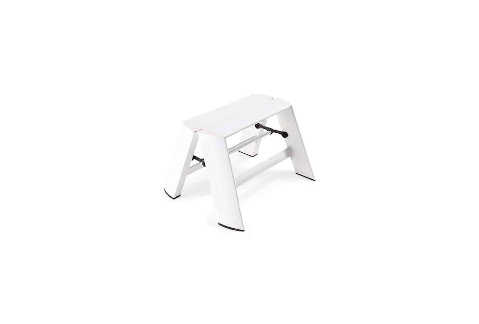Astounding 10 Easy Pieces Low Step Stools Remodelista Caraccident5 Cool Chair Designs And Ideas Caraccident5Info