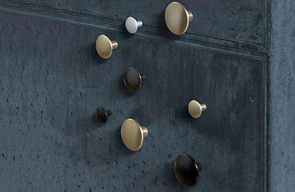 Muuto Design The Dots Metal