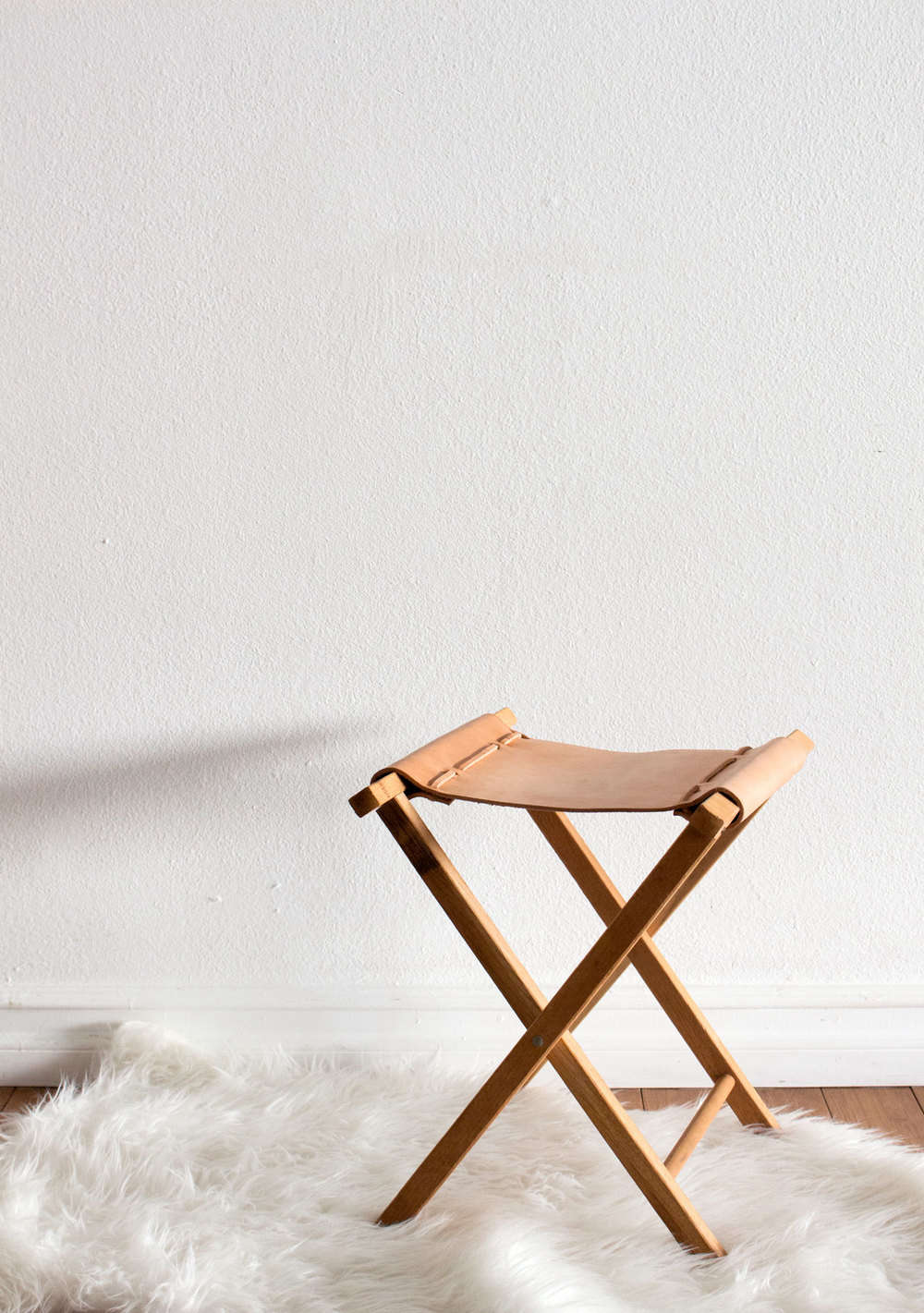 sonia scarru0027s leather camp stool