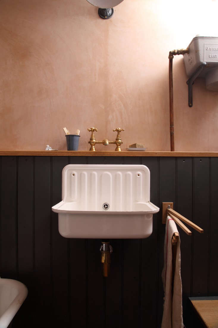Bathroom of the Week: A Vintage-Inspired Bath in London (Made with ...