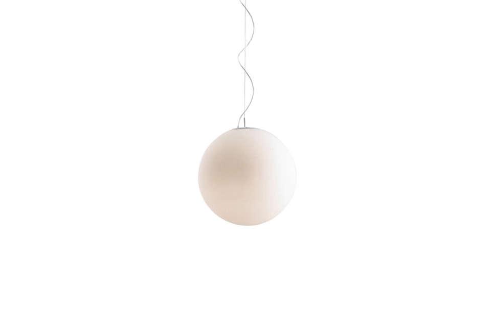 Lumens Grupo B. Lux Globe Pendant
