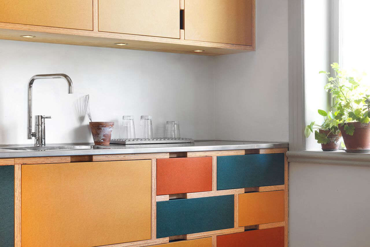 Kitchen of the Week: A Modular Kitchen in Stockholm with a Seasonal (and Swappable) Palette