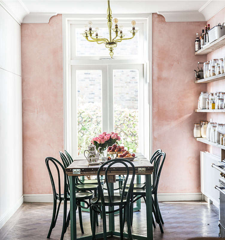 Blue Kitchen London: Pretty In Pink: 9 Rosy-Hued Kitchens From The Remodelista