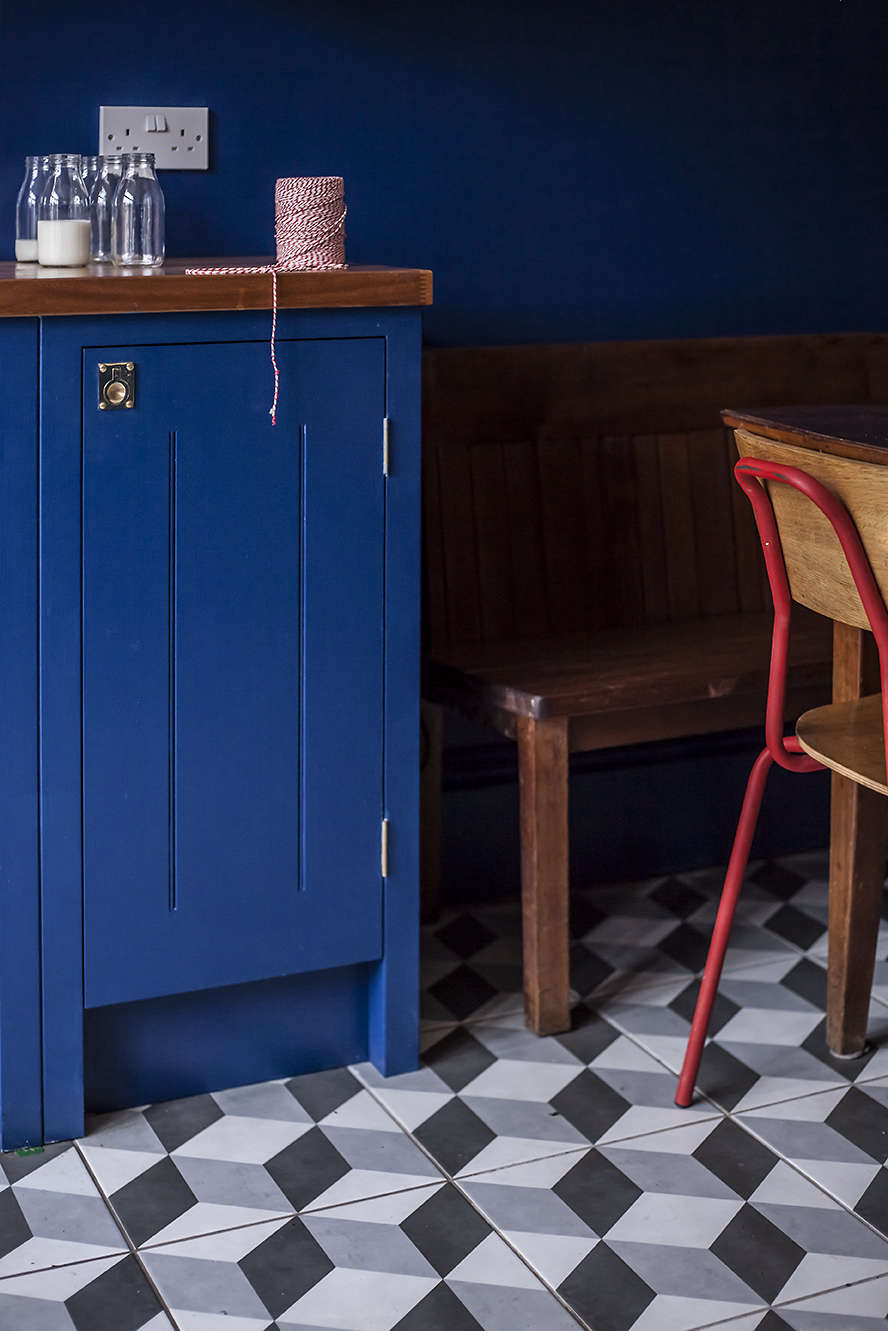 Blue British Standard Kitchen Cabinets And Illusion Feature Ceramic Tiles From Tons Of