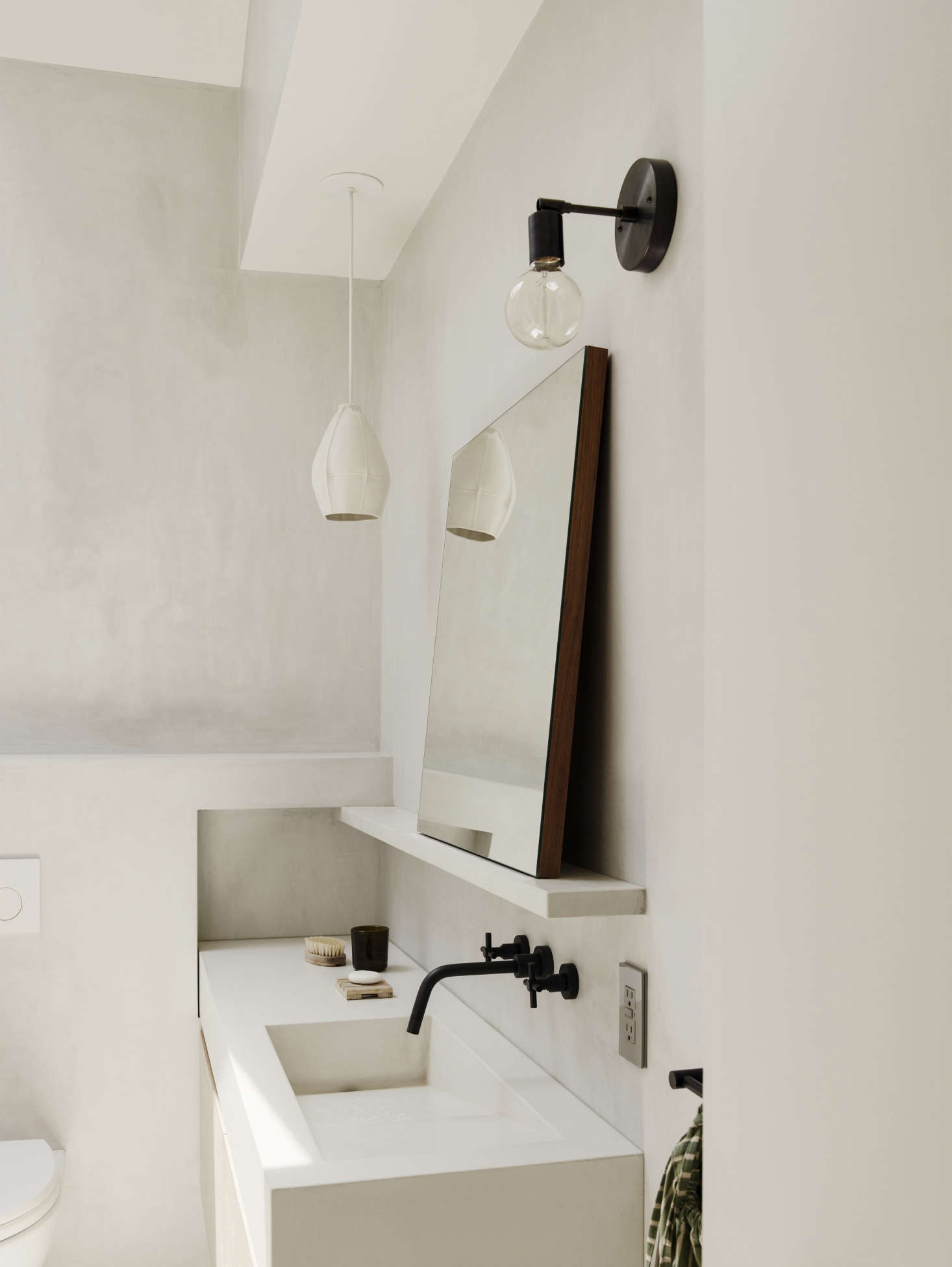 Bathroom of the Week: In Brooklyn Heights, An Ethereal ...