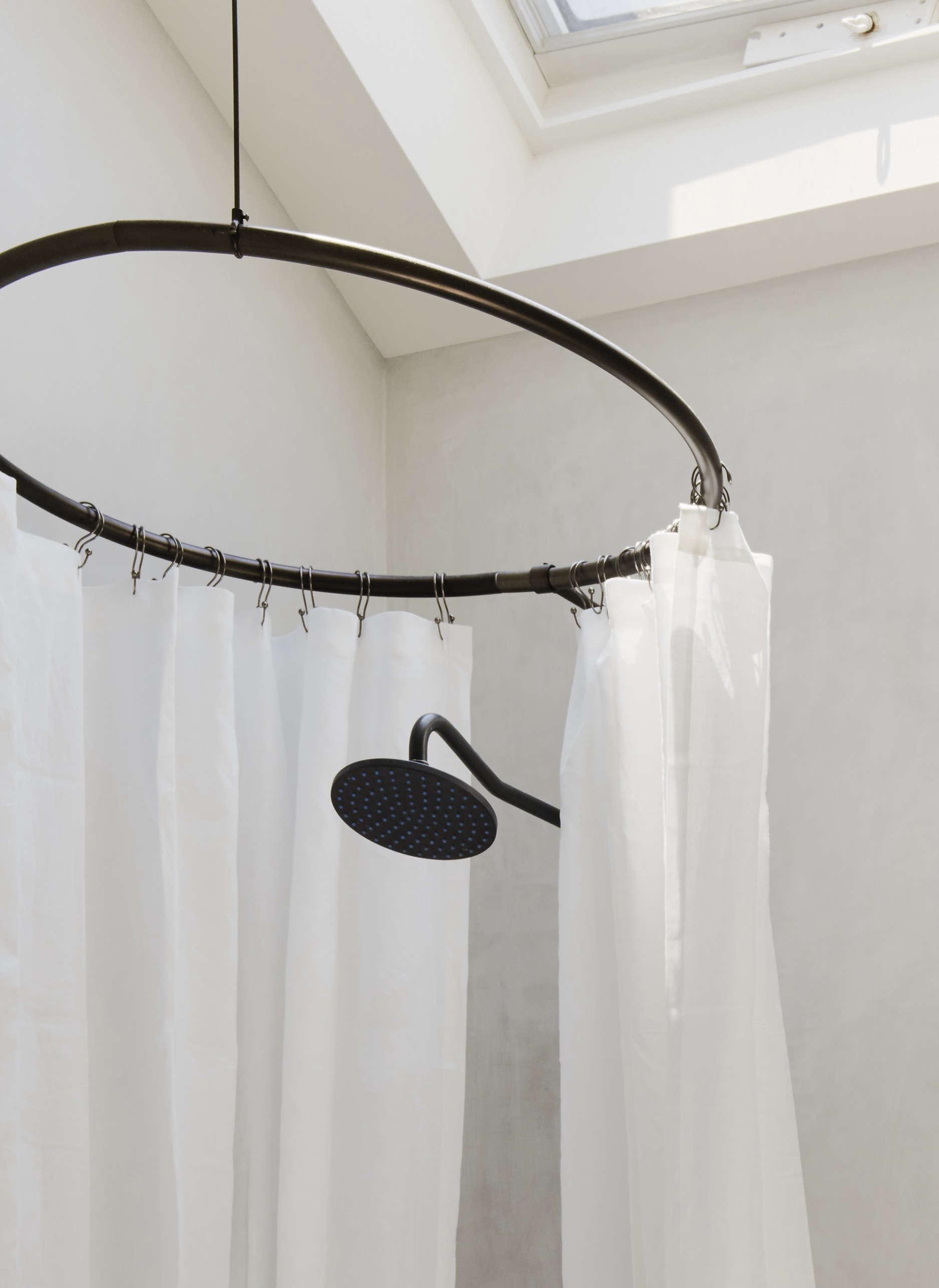 Bathroom of the Week: In Brooklyn Heights, An Ethereal Bath in ...