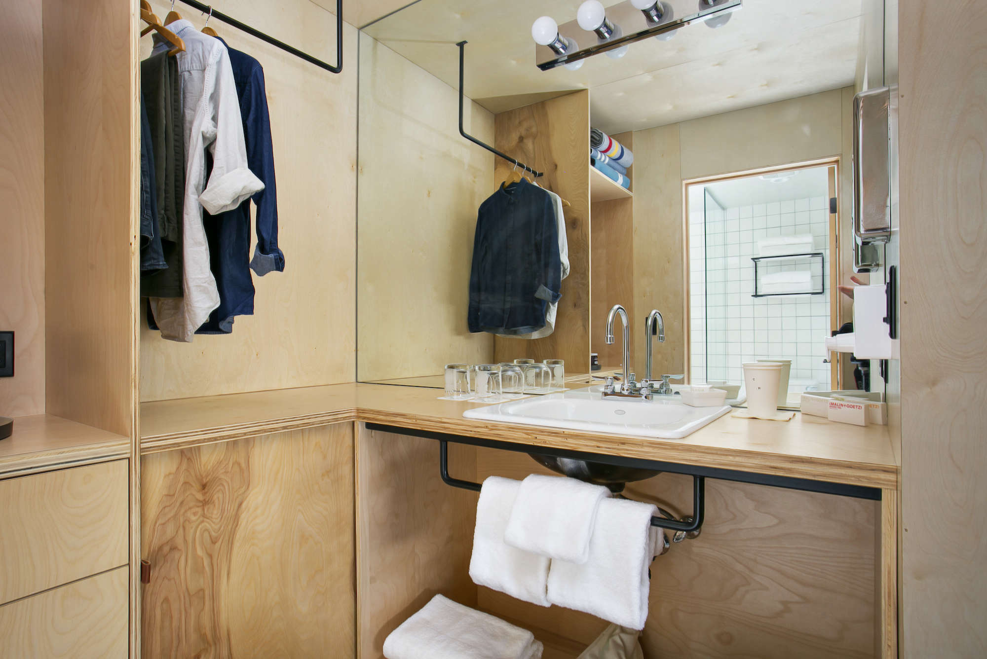 Coachman-hotel-tahoe-plywood-vanity-bathroom