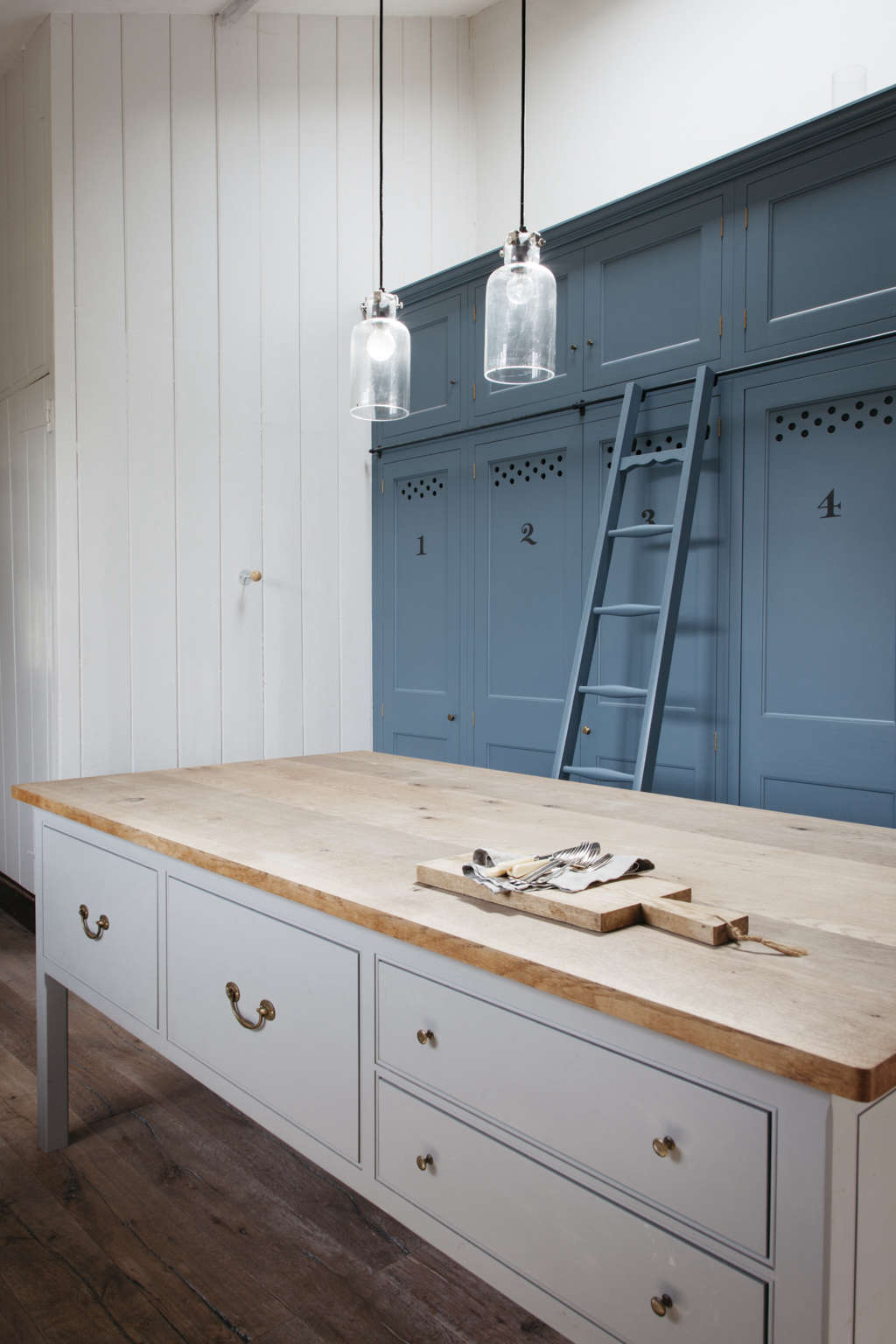 Kitchen Of The Week The Plain English Power In Numbers Kitchen Remodelista