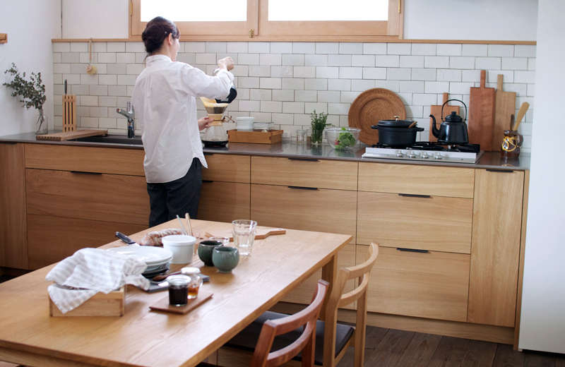 A family kitchen in Seto City, outside of Nagoya, Japan, by custom kitchen company Snedker Woodworking. See Kitchen of the Week: A Custom Culinary Workspace by a Japanese Atelier.
