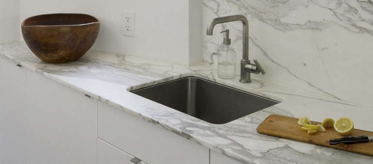10 Easy Pieces: Stainless Steel Kitchen Sinks
