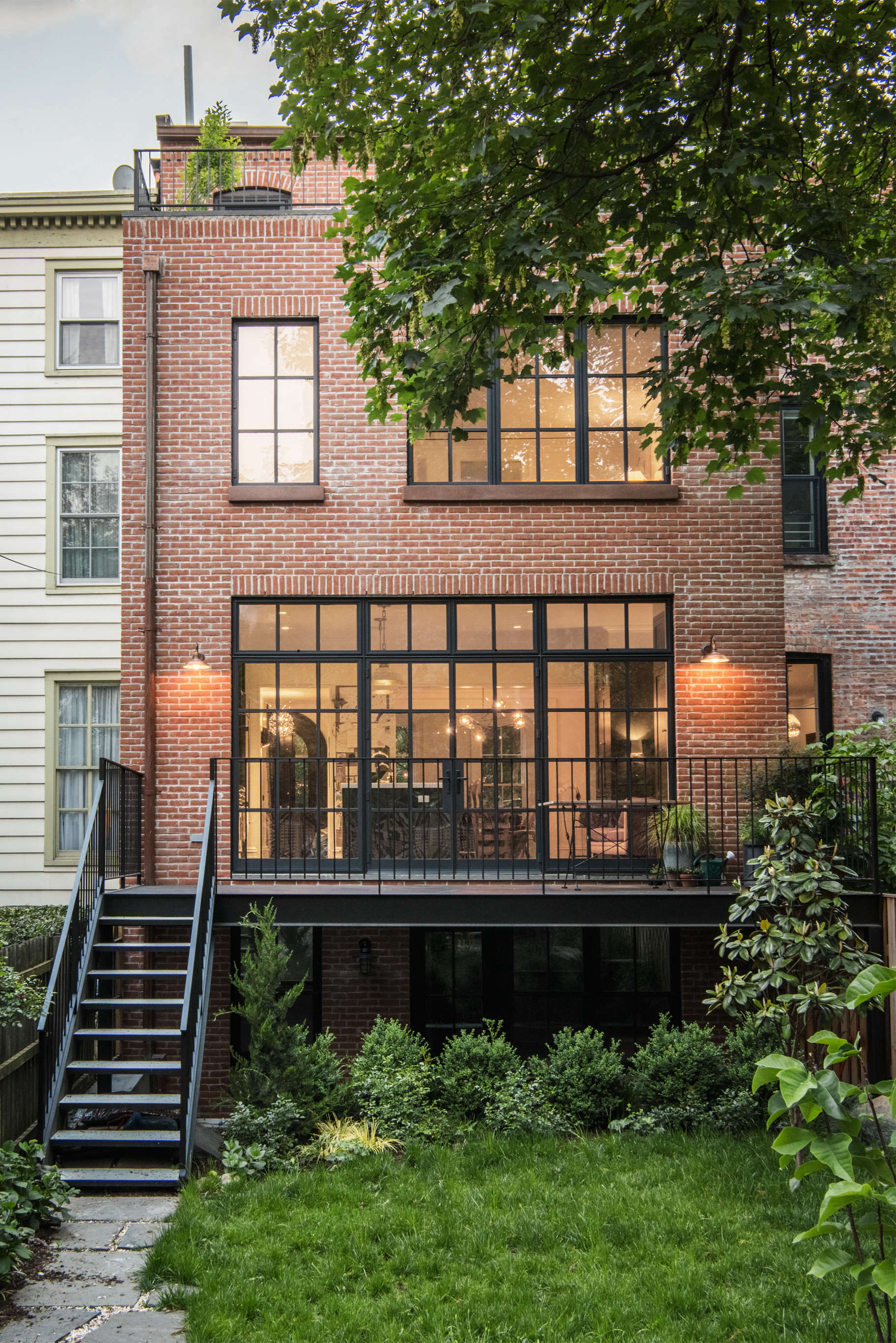 An unfussy brooklyn townhouse remodel from architect for Industrial modern homes for sale