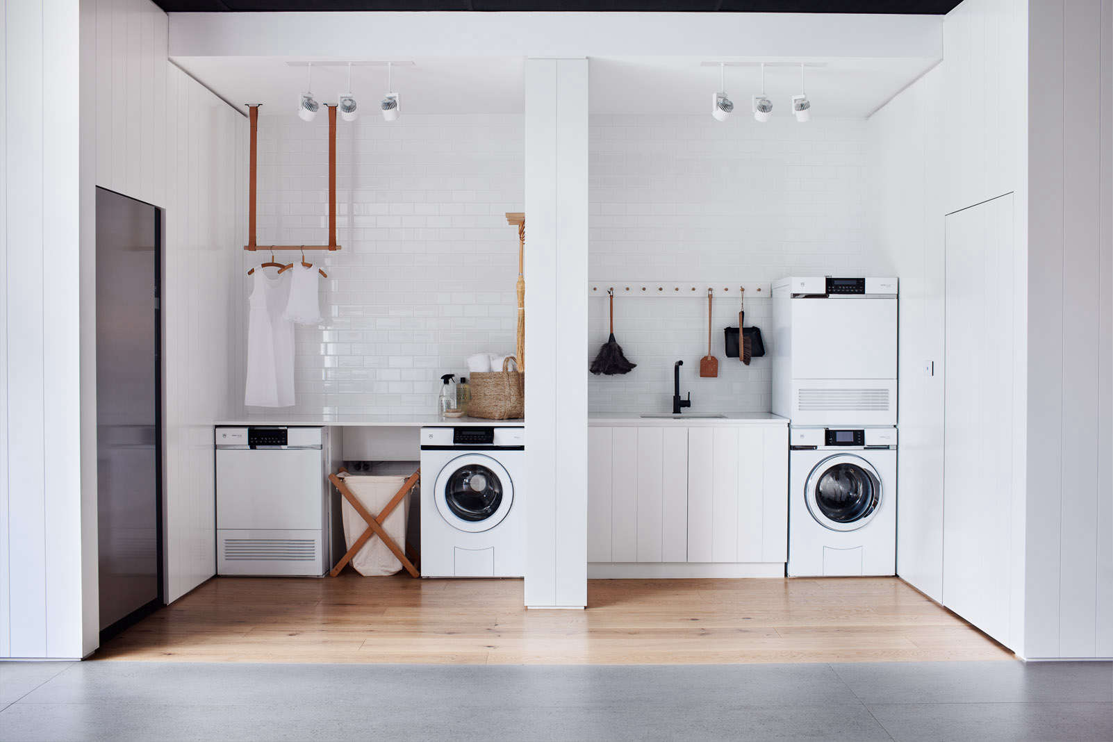 V Zug Whitling Architects Melbourne Australia Laundry Room