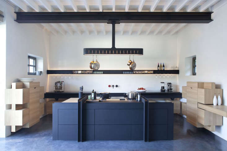 Trend Alert: The Cult of the Blue Kitchen, 10 Favorites - Remodelista