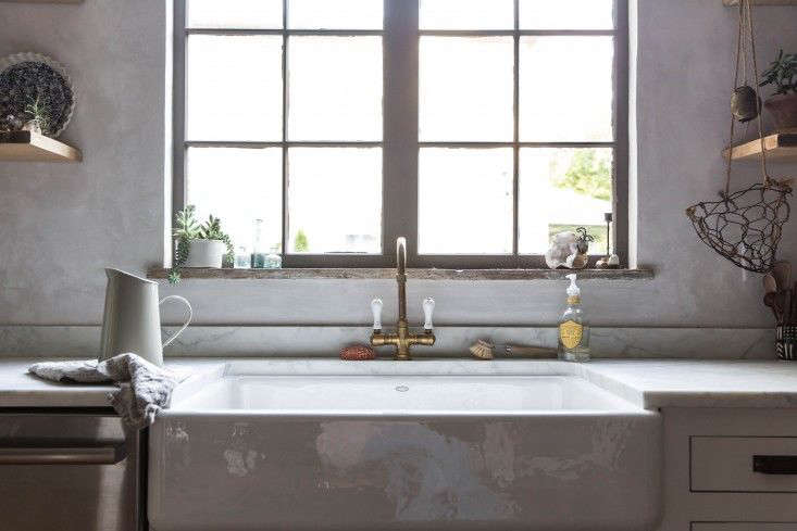 10 Easy Pieces Deck Mounted French Style Country Kitchen Faucets Remodelista