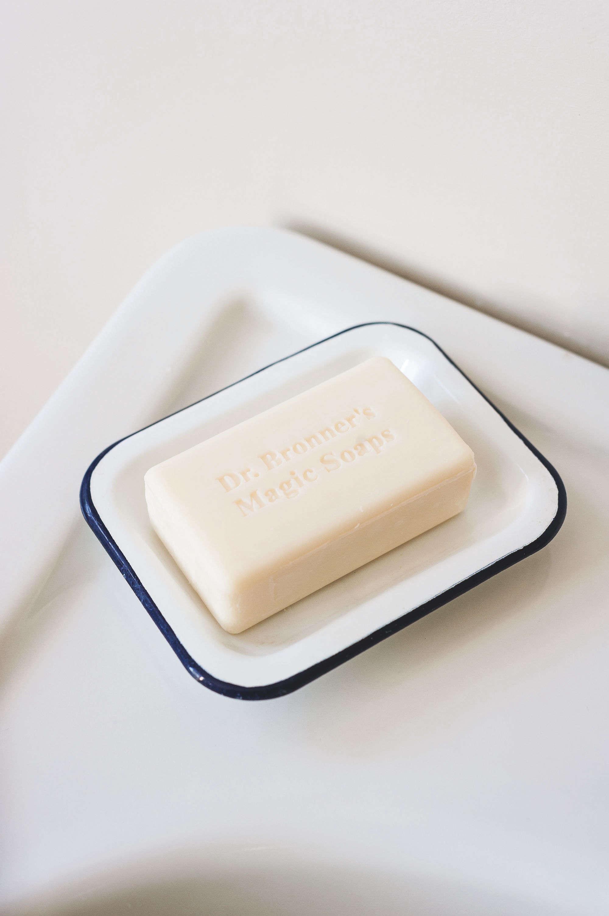 blue-white-enamel-soap-dish-ivory-soap