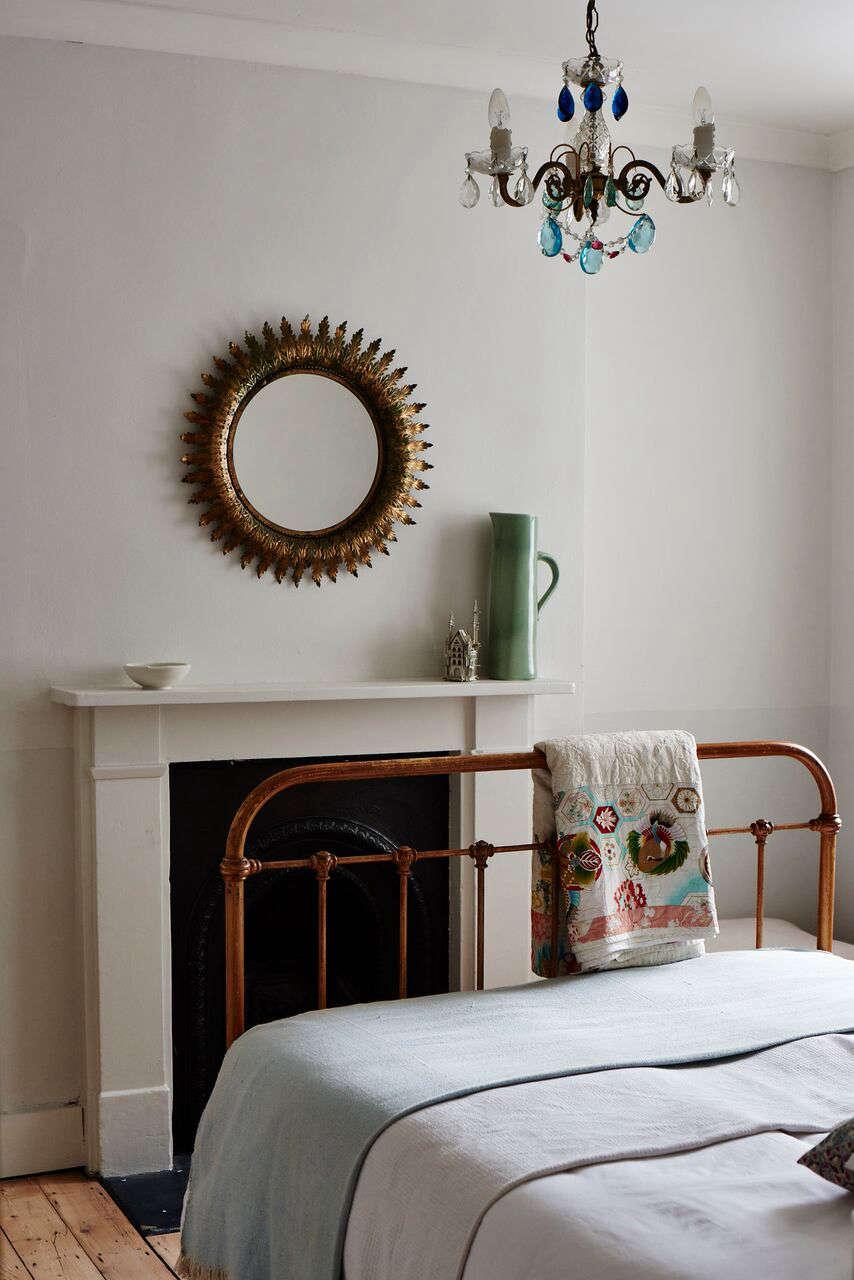 cassandra-ellis-peckham-house-bedroom-2