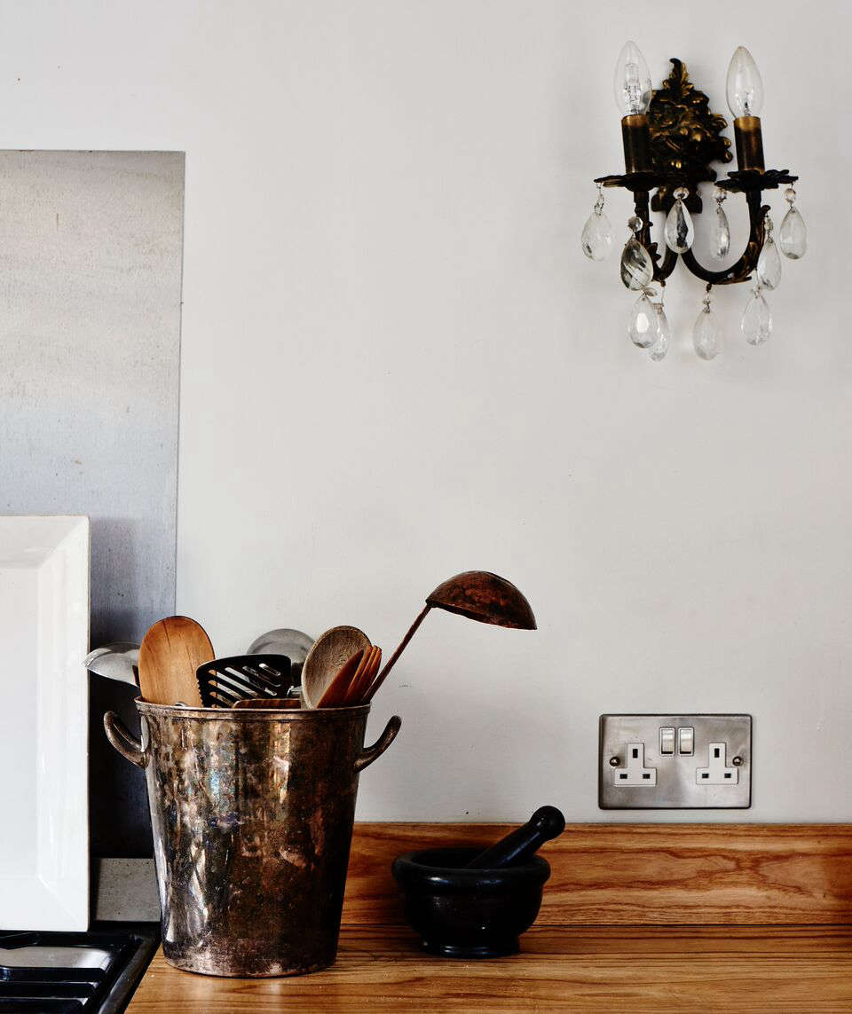 cassandra-ellis-peckham-house-countertop-detail
