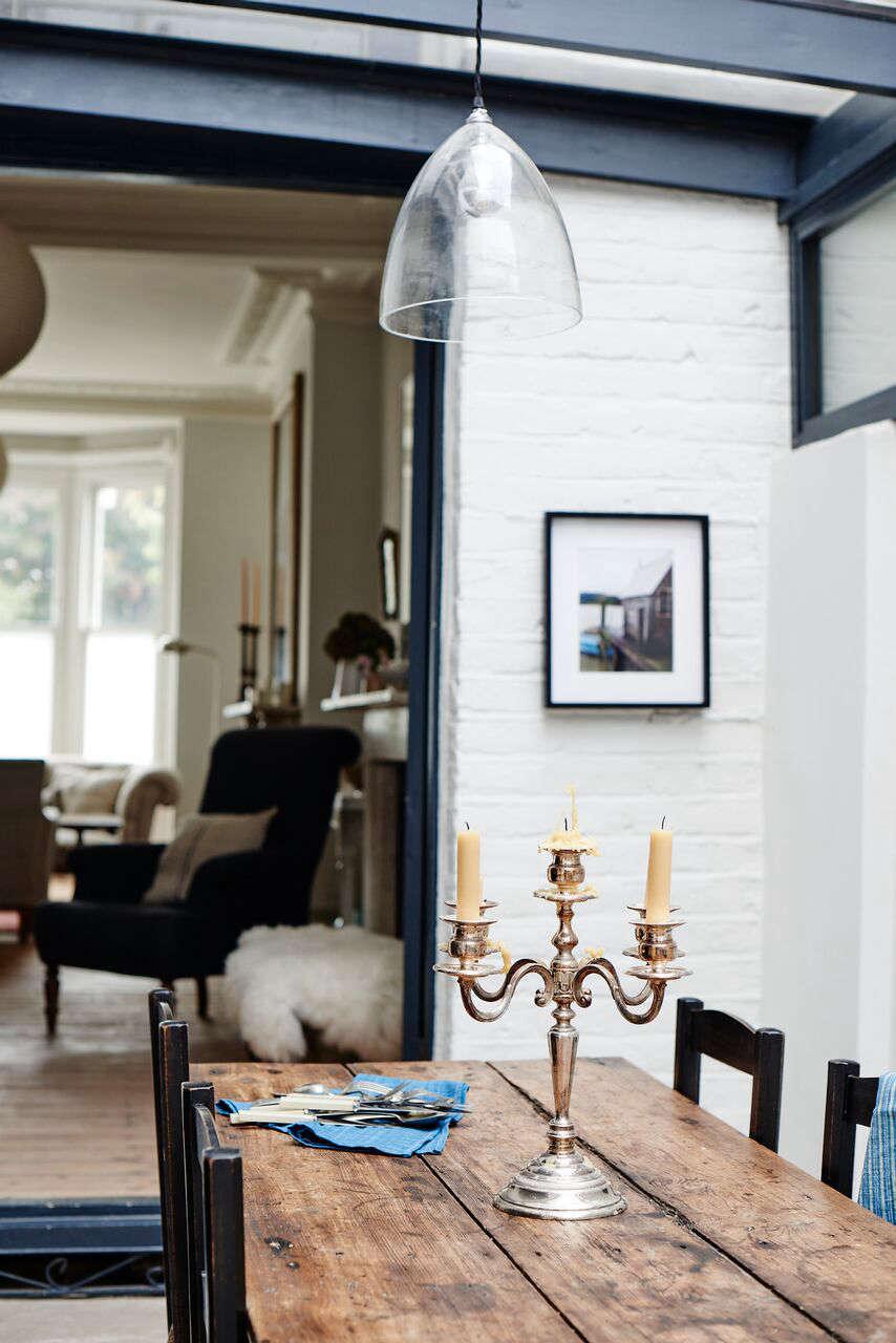cassandra-ellis-peckham-house-dining-room-glass-light