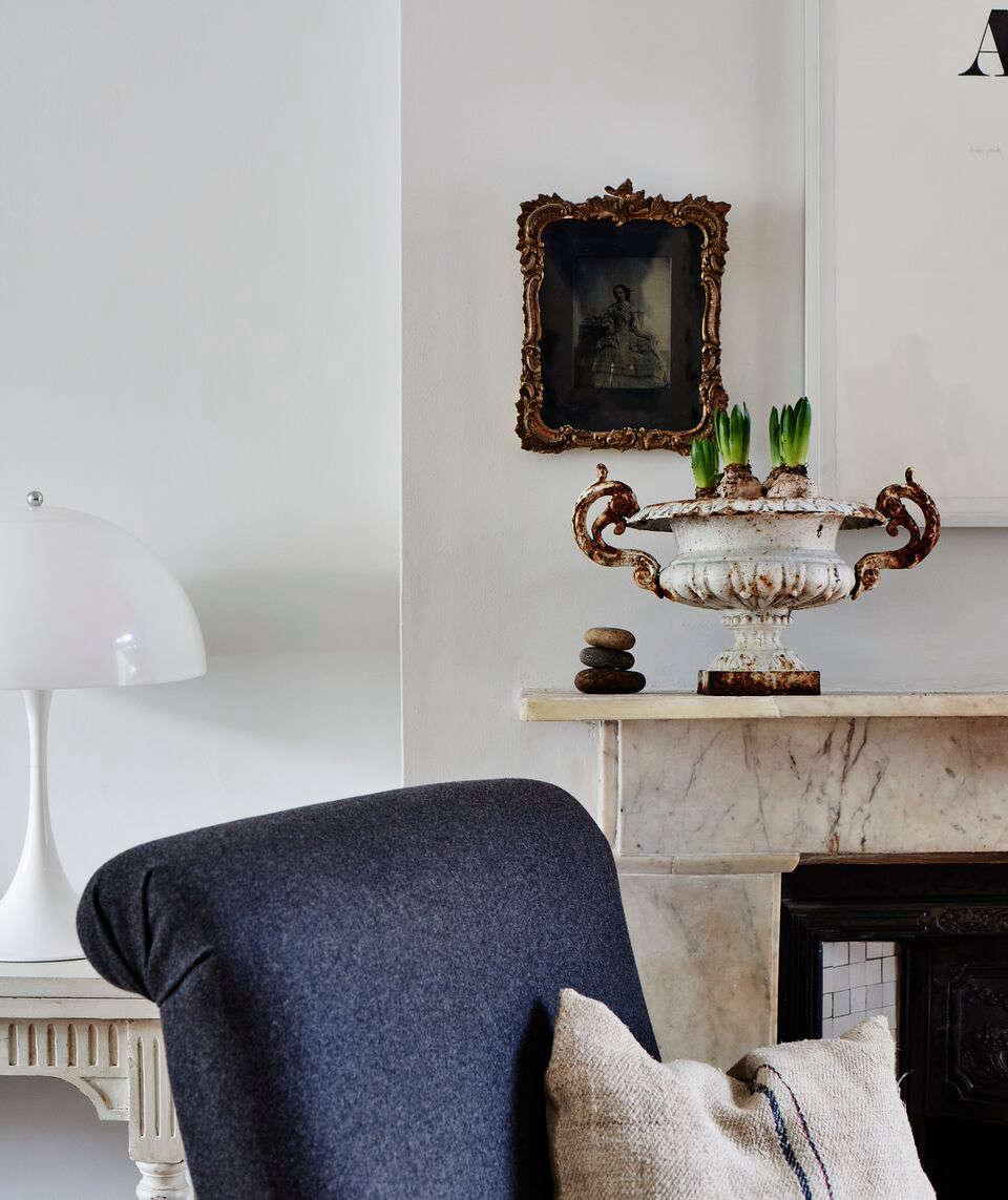 cassandra-ellis-peckham-house-mantel