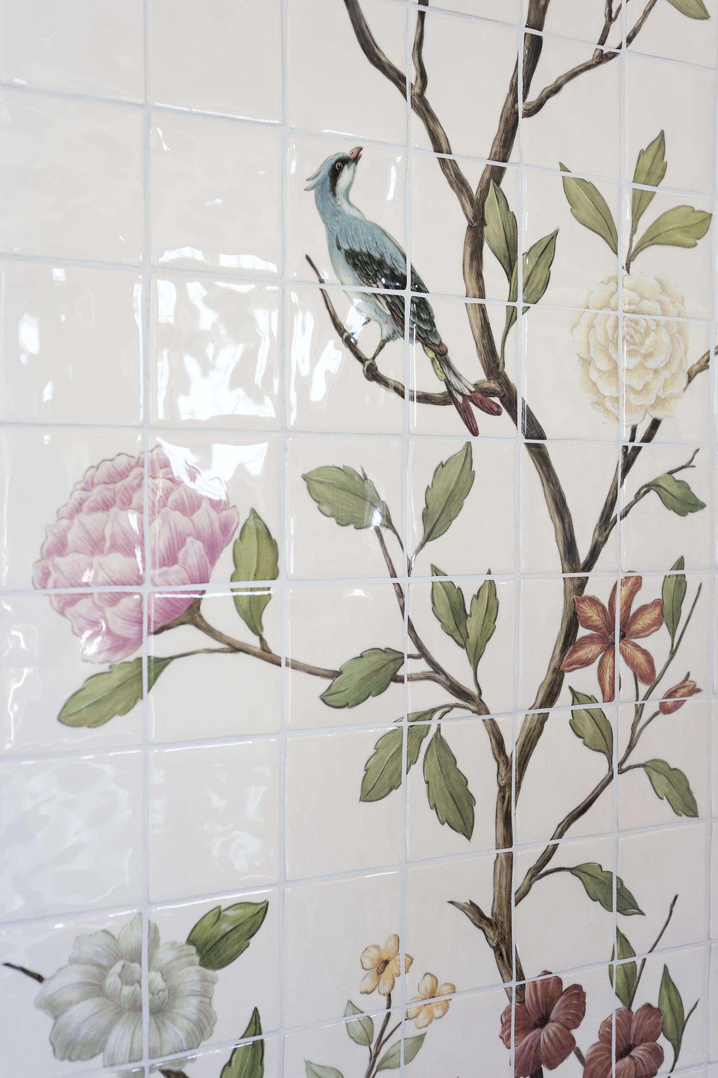 chinoiserie-floral-bird-tile-michelle-mckenna-shower