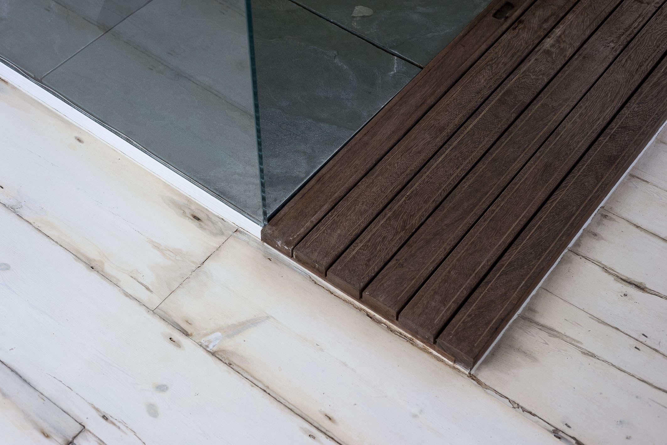 wood-bath-pan-outside-shower