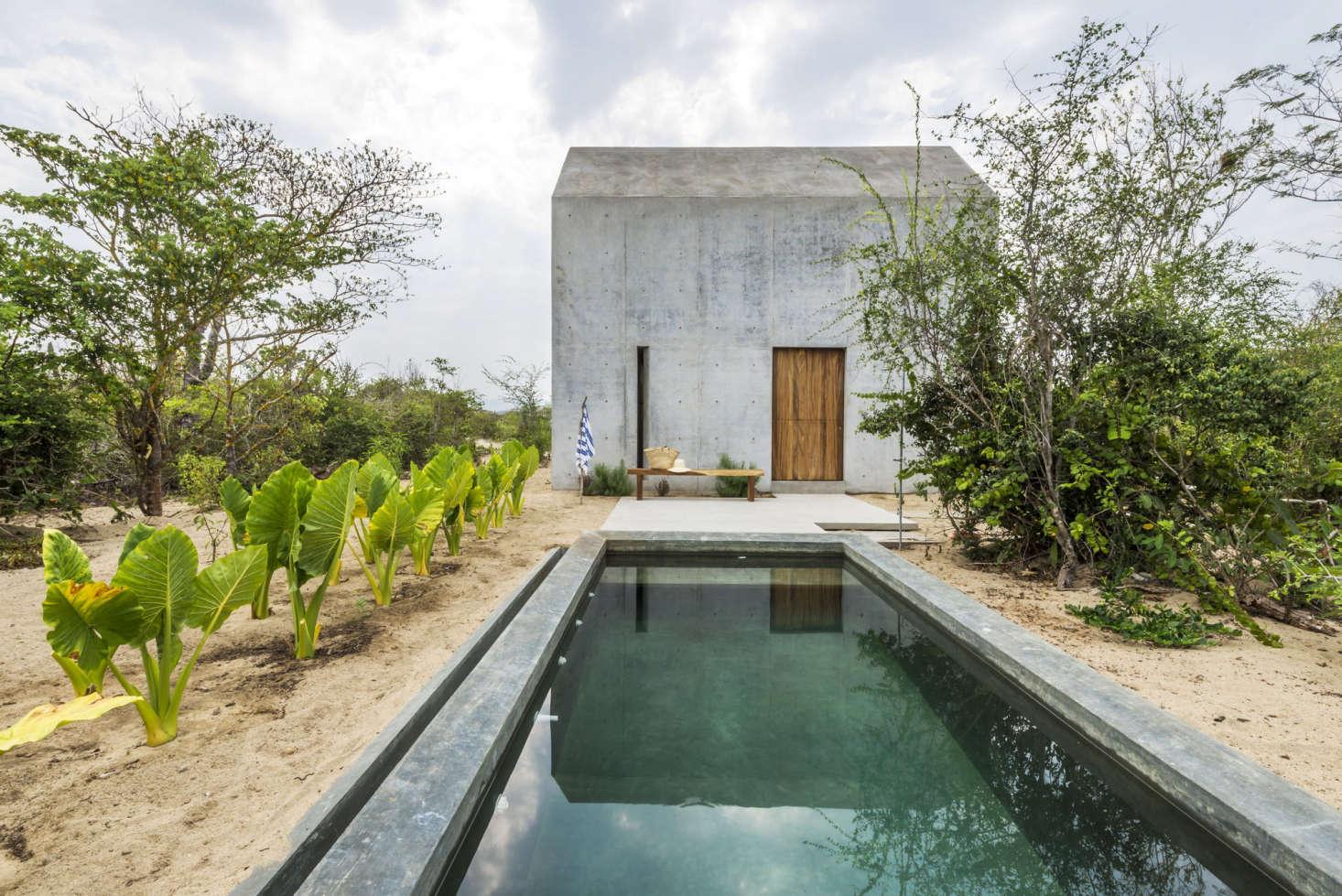 Casa Tiny, a Walden-Inspired Getaway in Mexico