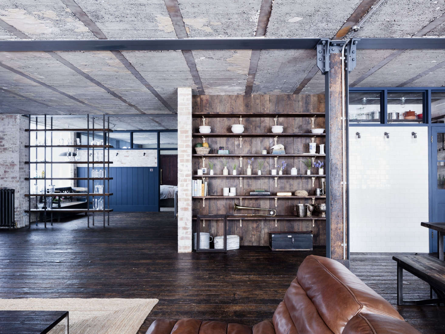 London loft hoxton square by mark lewis interior design