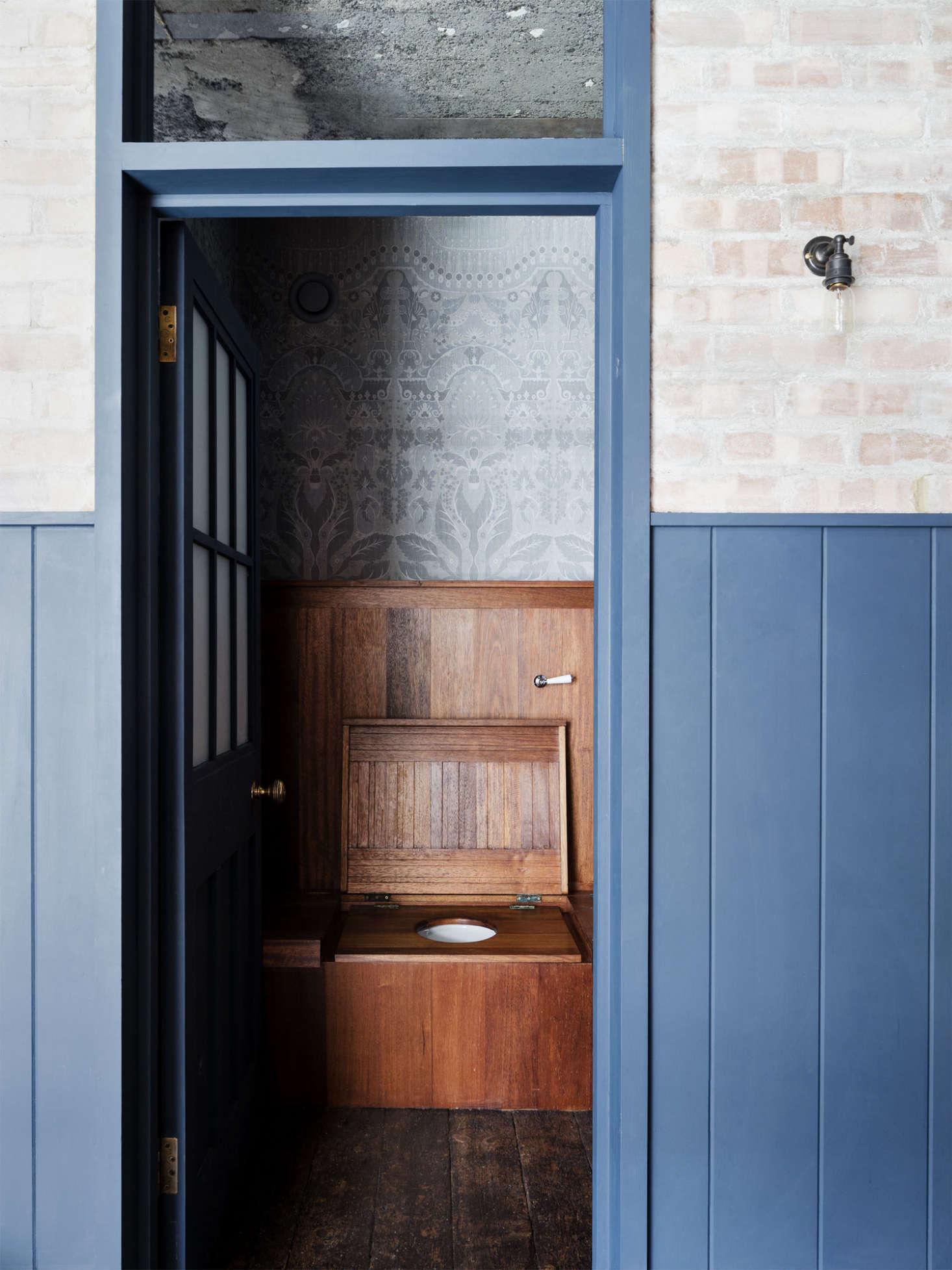 A Vintage Style Loo In London Via Mark Lewis Remodelista