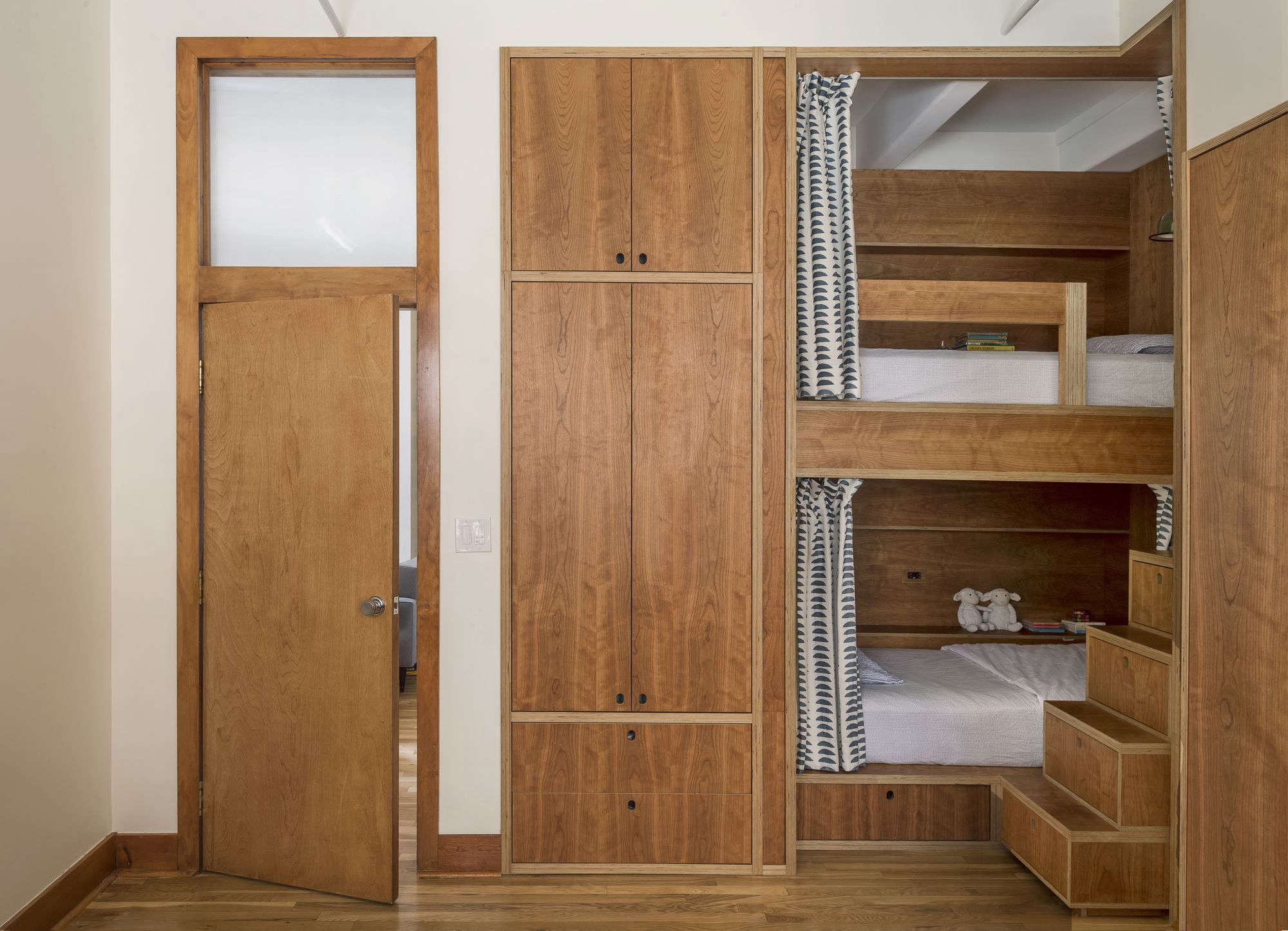 Room To Play: The Ultimate Urban Bunk Room By Workstead