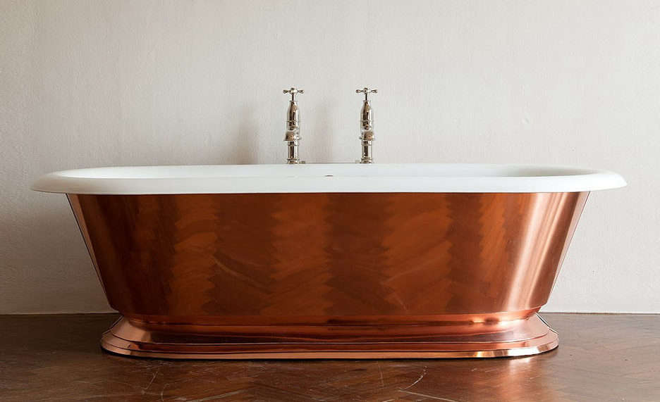Charmant Drummonds Copper Tay Bath Is A Large Doubled Ended Rolltop Tub Wrapped In  Sheets Of