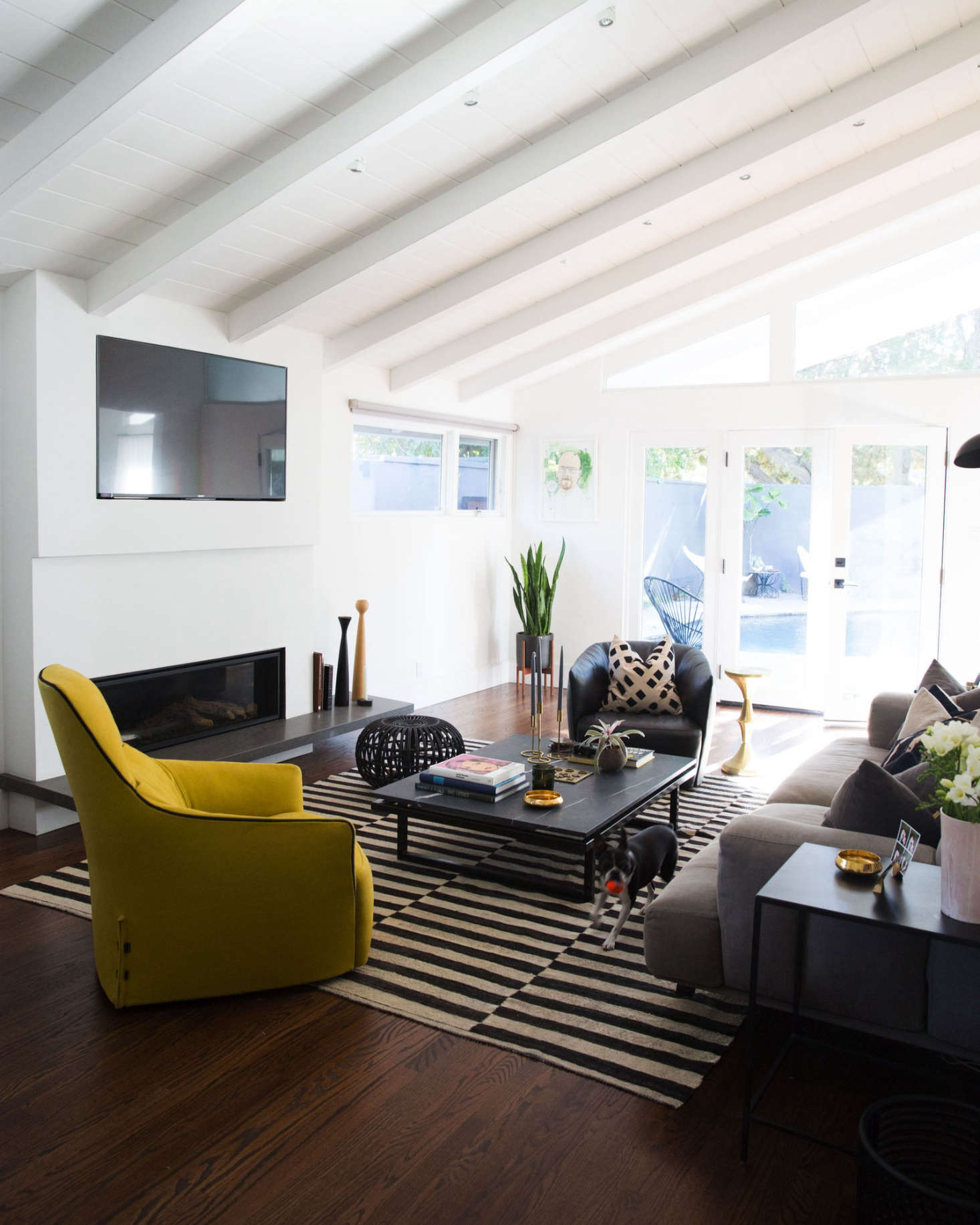 With a Rockstar Edge: A Renovated LA Bungalow for a Musician, Off ...