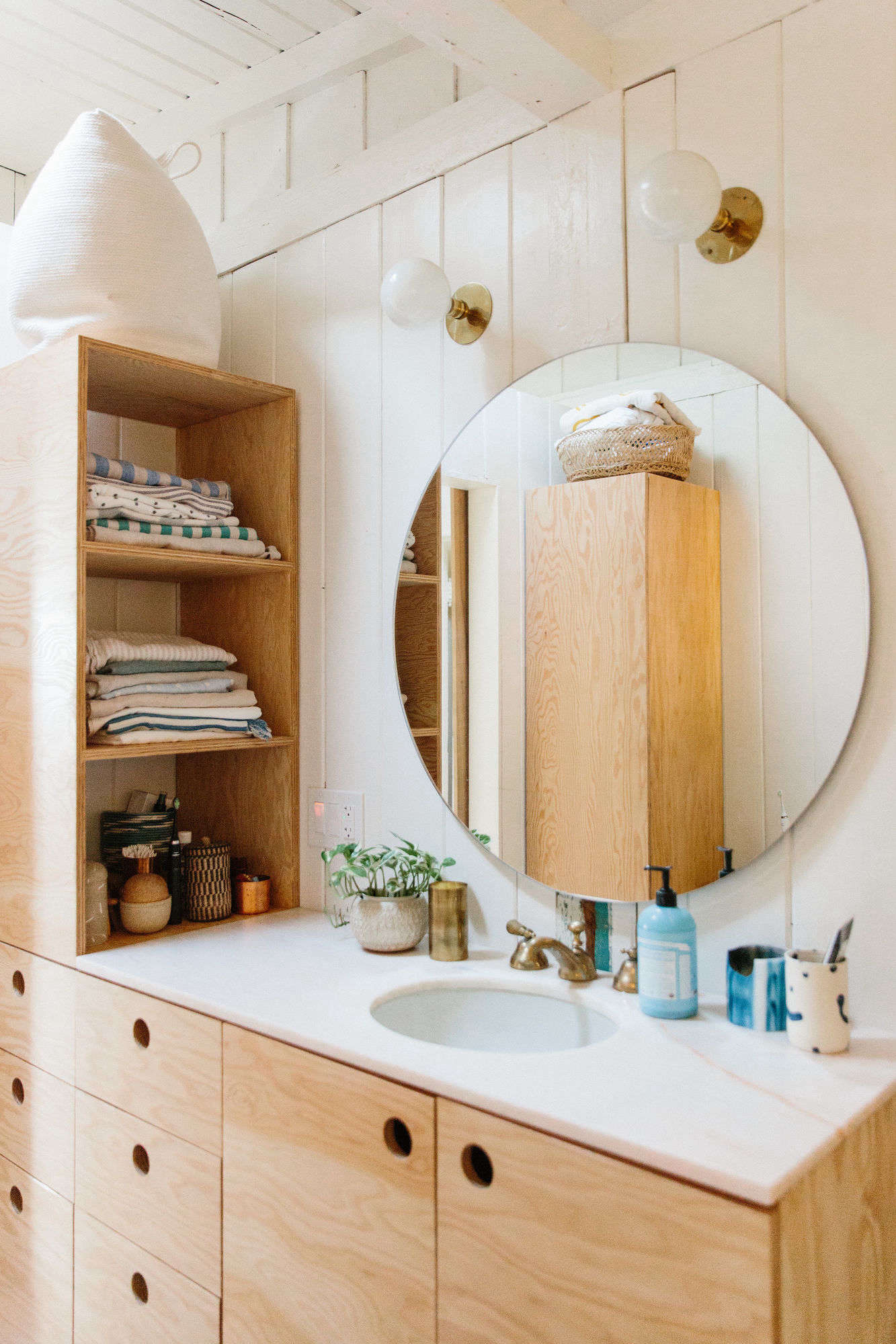 Backlit mirrors for bathrooms u s a together with boffis thirteen to - Bathroom Of The Week A Master Suite In Topanga Canyon Scribbles Included