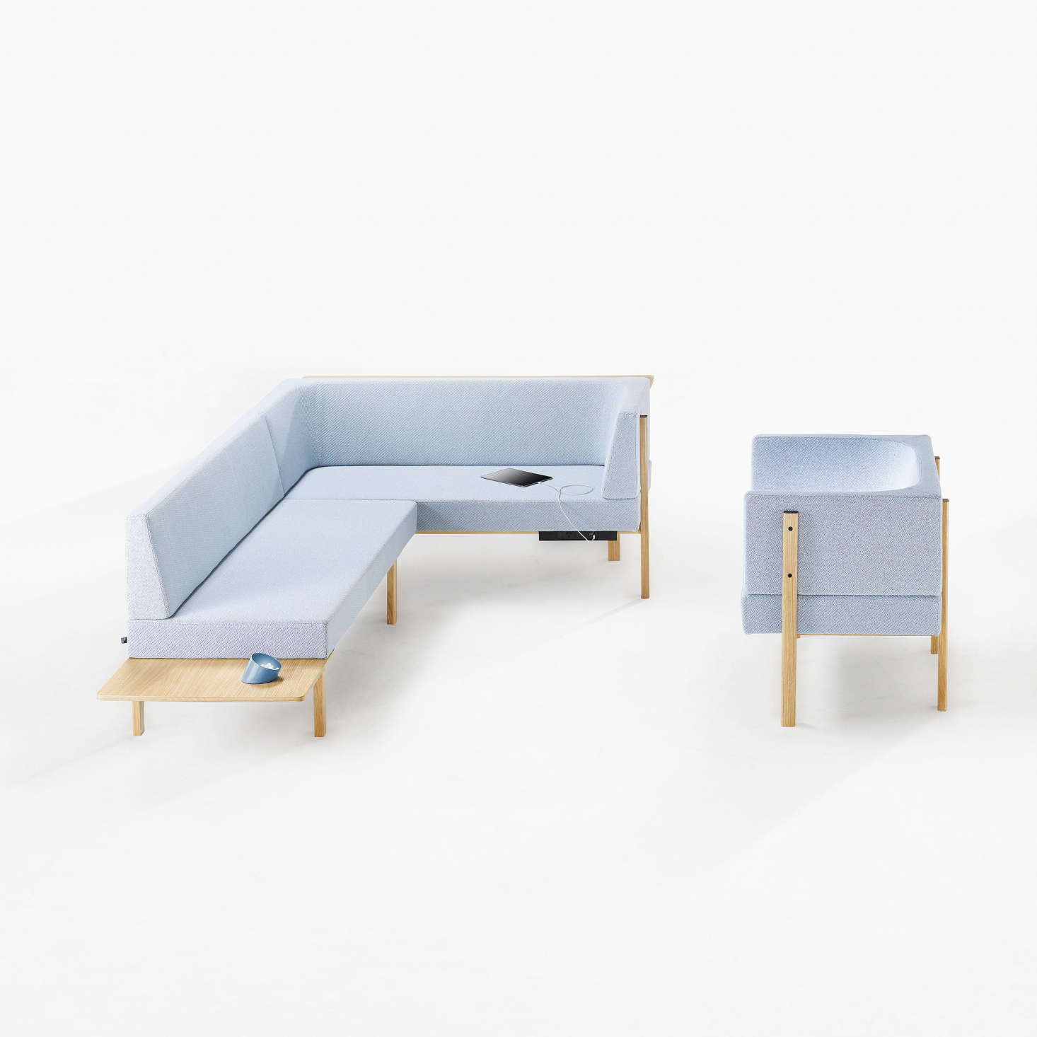 Les Basic: A Modular Furniture and Accessories Line with Millennials in Mind